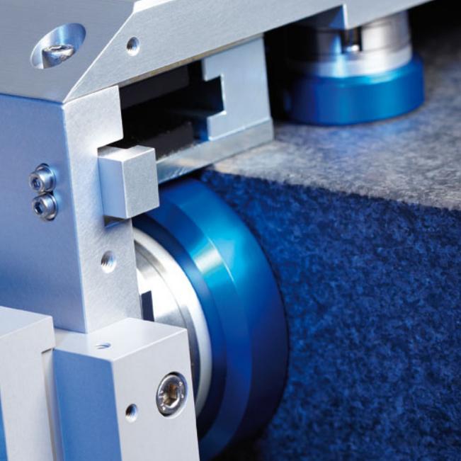 New Way flat round bearings shown inside ISARA400.